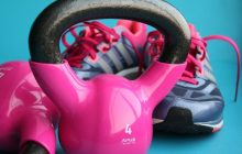 S'entraîner avec des kettlebells pour renforcer ses muscles