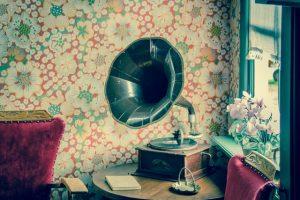 Tendances décoration : les papiers peints sont-ils à la mode ?