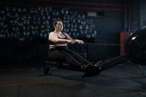 bienfaits rameur femme surpoids grosse obèse